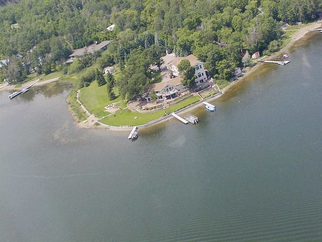 281  Shores Road , Lake Metigoshe, ND